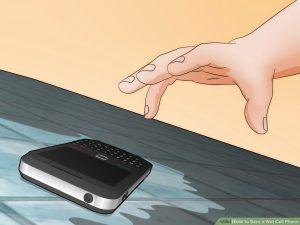Scoate telefonul din apă urgent